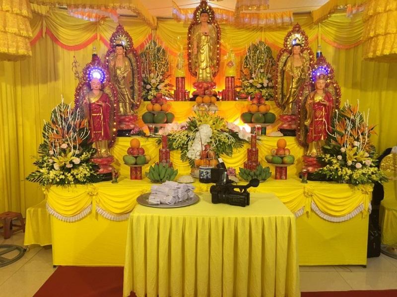 bàn thờ phật trong tang lễ