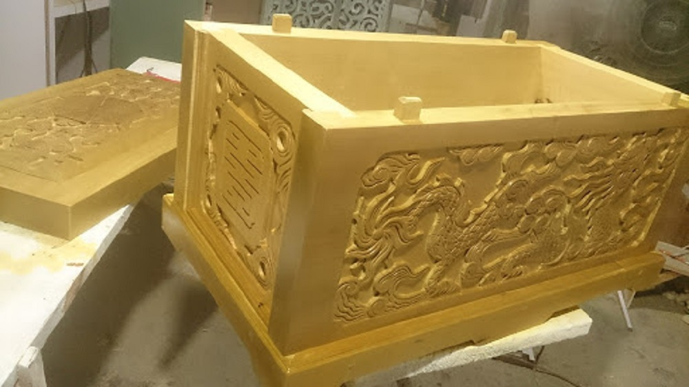 Quan tài gỗ quách vàng tâm