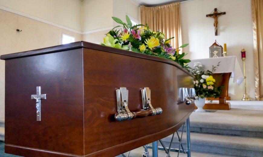 Tổ chức tang lễ cho người công giáo