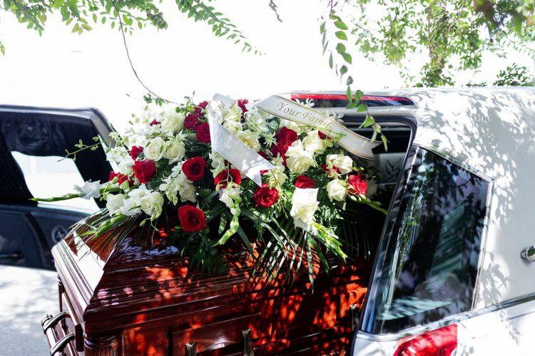 vòng hoa tang lễ tại Hà Nội