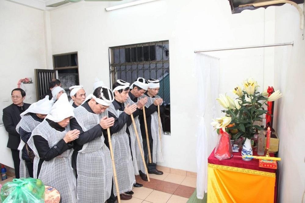 Áo xô tang lễ
