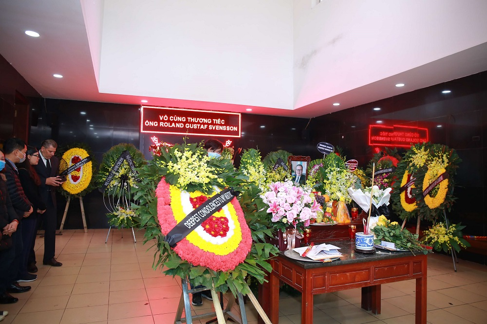 Nên tổ chức tang lễ tại nhà tang lễ hay không