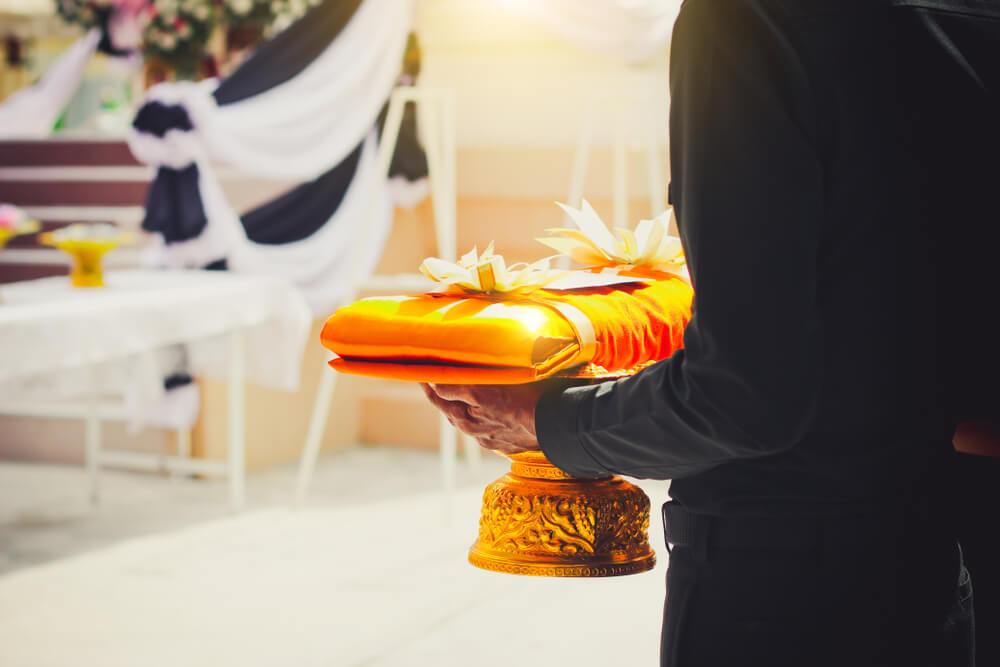 Lễ cúng cơm cho người mới mất như thế nào