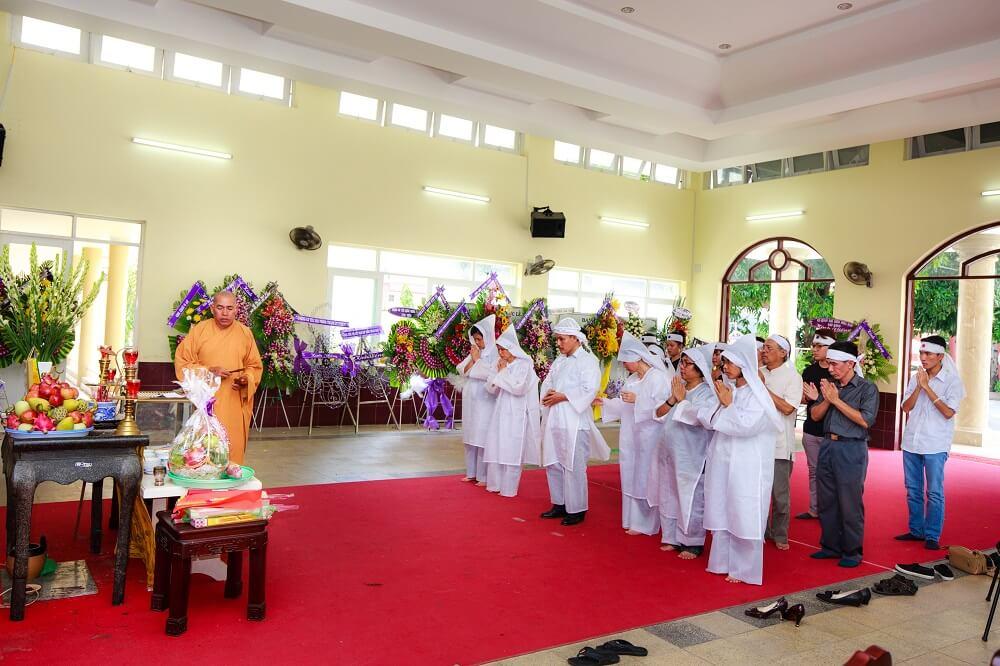 Tổ chức tang lễ tại nhà tang lễ Đức Giang