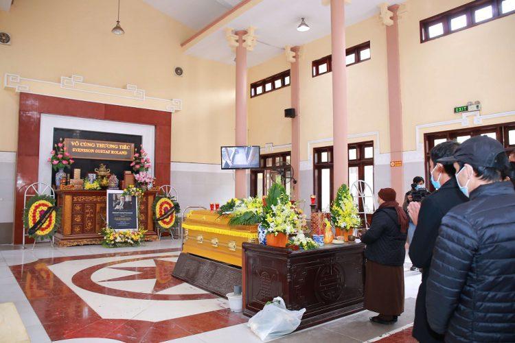 Tổ chức tang lễ tiết kiệm chi phí