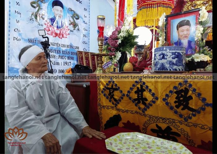 Tang lễ cụ ông trên 100 tuổi
