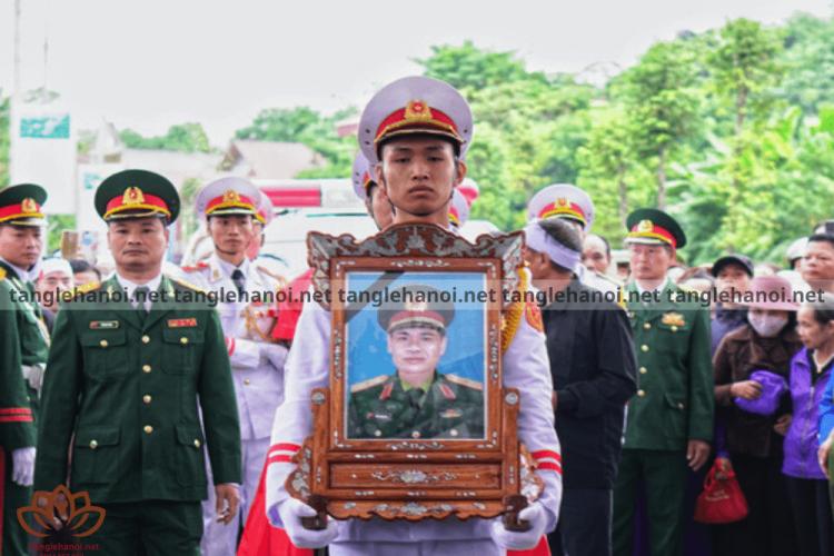 Tổ chức tang lễ cho cán bộ quân đội